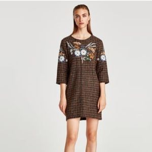 Zara checkered dress with embroidery M